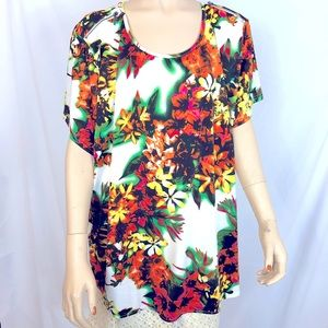 Kate & Mallory floral short sleeve blouse size 3X
